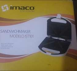 Sandwichera Sandwichmaker Imaco IST101 NUEVO