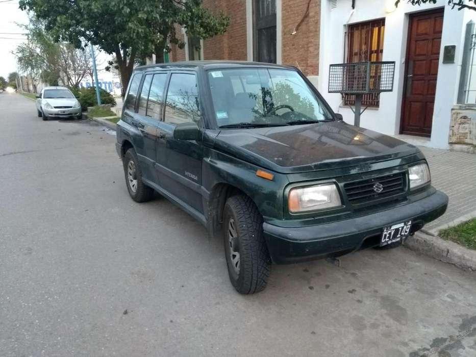Suzuki Vitara 1998 - 320500 km