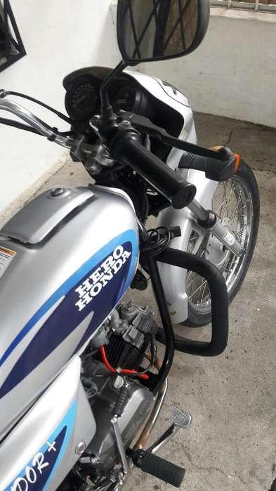 Honda Esplendor en Muy Buen Estado