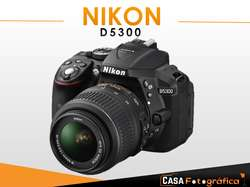 Cámara Nikon D5300 lente 18 55mm Entrada para microfono Pantalla abatible Video FULL HD