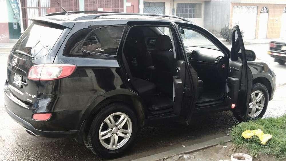 Hyundai Santa Fe 2011 - 99000 km