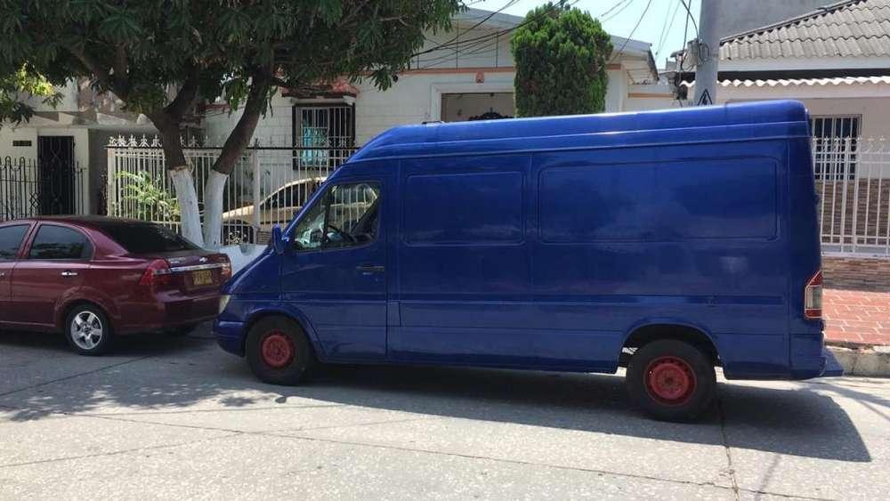 vendo mercedes sprinter 313 mod 2004