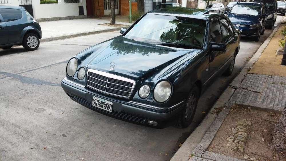 Mercedes-Benz Clase E 1997 - 174045 km