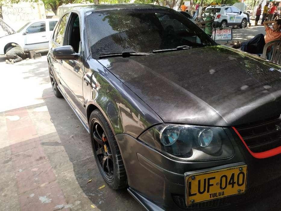 Volkswagen Jetta 2008 - 136000 km