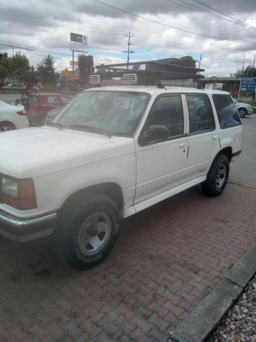 Ford Explorer 1994 - 255000 km