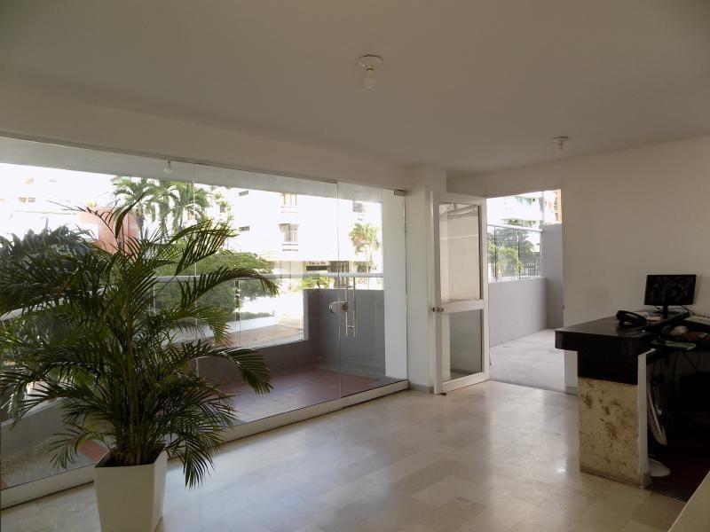 Apartamento En Arriendo/venta En Barranquilla Altos De Riomar Cod. ABARE67906