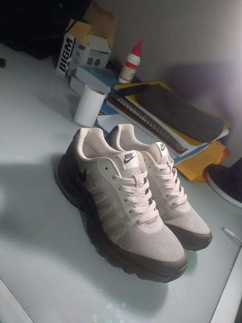 Vendo Nike Air Anuncios de Ropa y Calzado en venta en Peru
