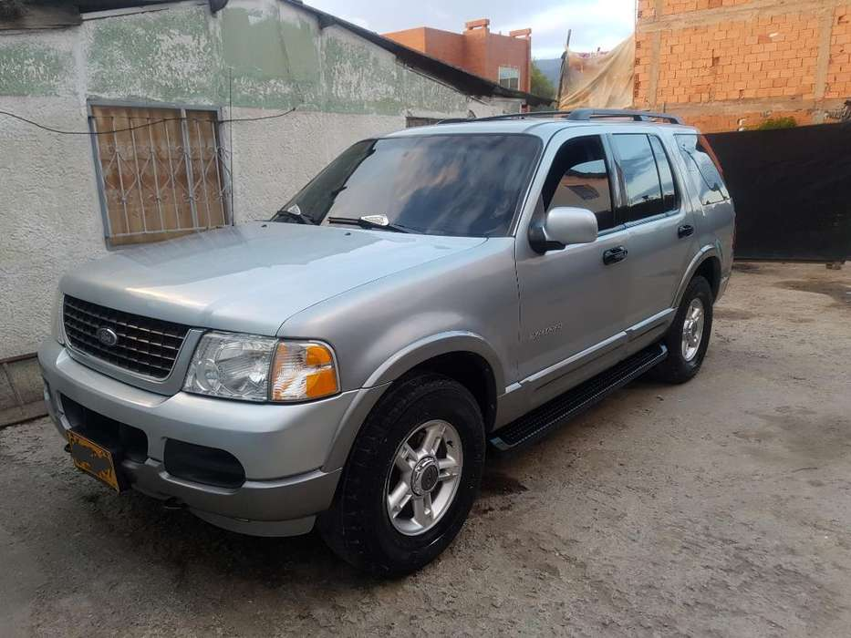 <strong>ford</strong> Explorer 2003 - 200000 km