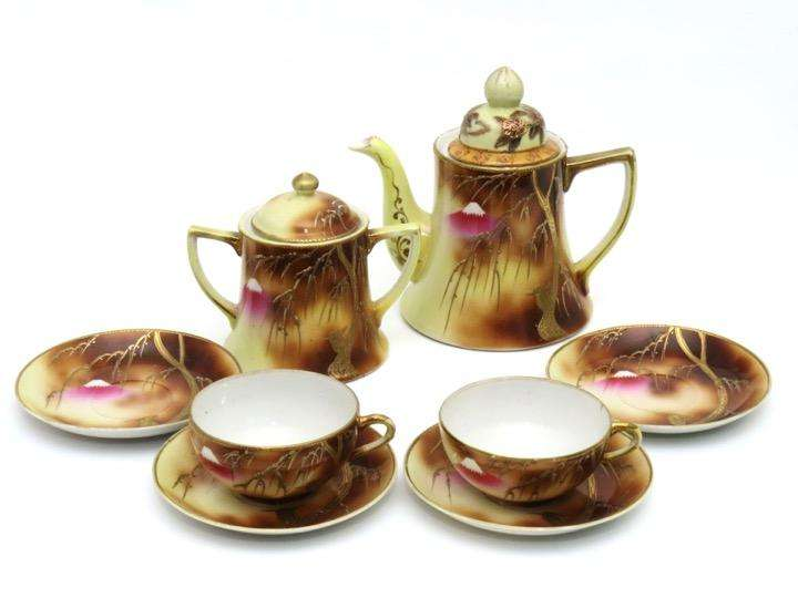 Antiguo Juego de té de fina porcelana japonesa