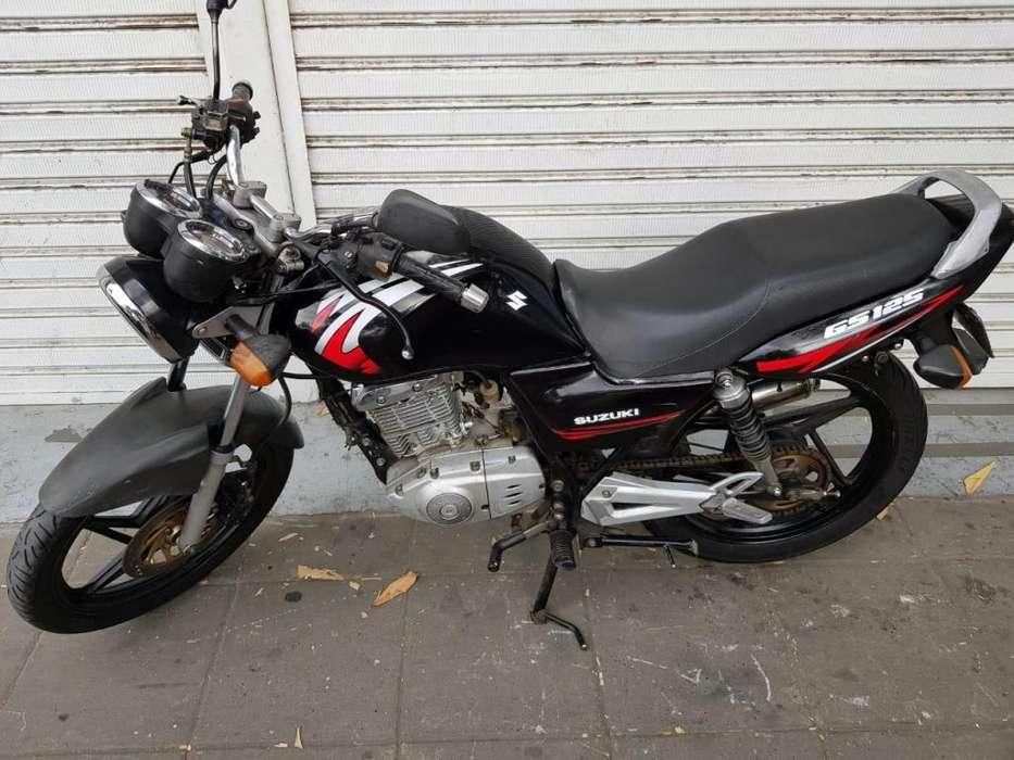 suzuki gs 125 modelo 2010