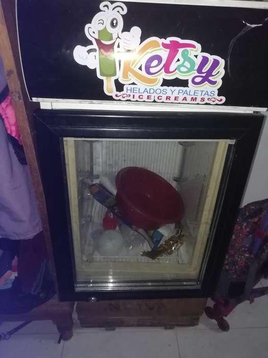 Congelador Vertical Pequeño