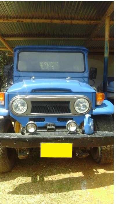 Toyota Land Cruiser 1968 - 100000 km