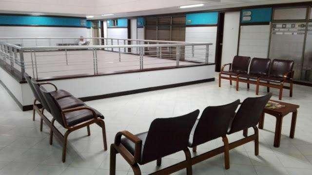 VENTA DE OFICINA EN CONQUISTADORES CENTROCCIDENTAL MEDELLIN 622-5153