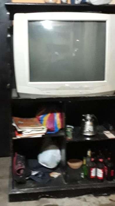 <strong>televisor</strong> 32 Pulgadas Tcl con Modular