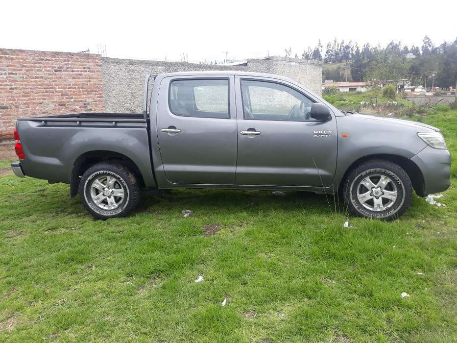 <strong>toyota</strong> Hilux 2014 - 60000 km