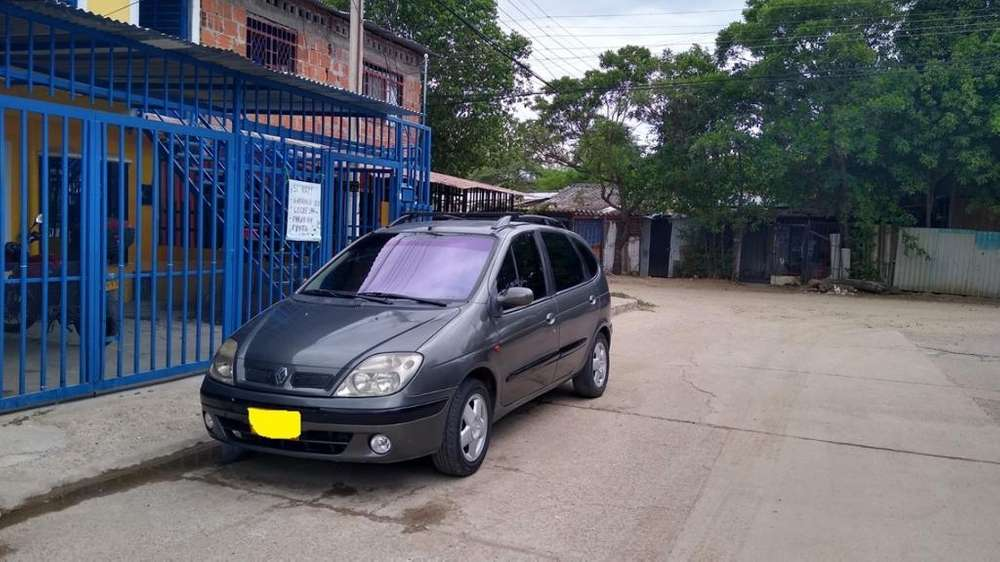 Renault Scenic  2003 - 146500 km