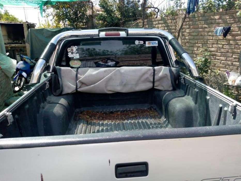 Vendo <strong>camioneta</strong> chevrolet s10 llamar a cel 2615996489
