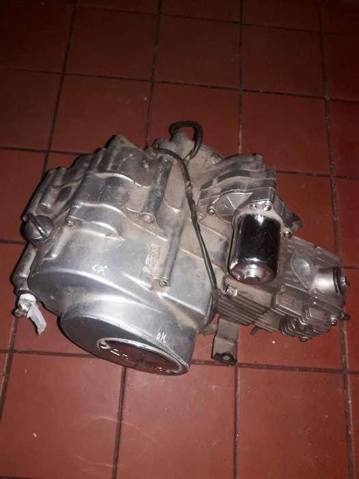 Motor de Zanella 110 Impecable con Papel