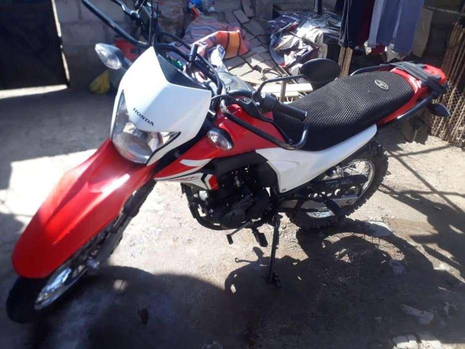 SE VENDE MOTO HONDA XR190L
