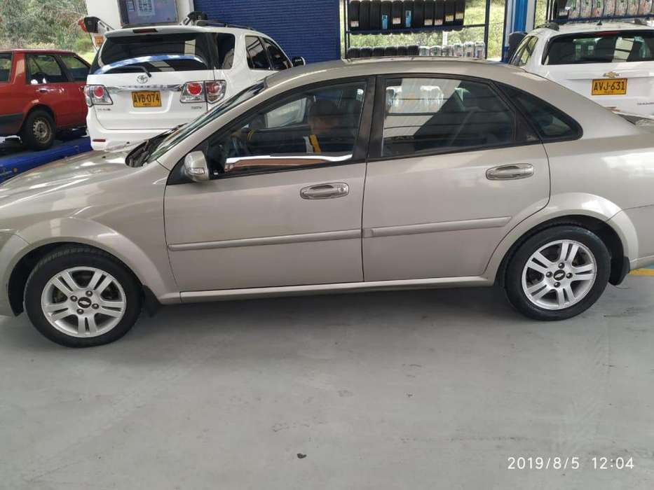 Chevrolet Optra 2012 - 70000 km