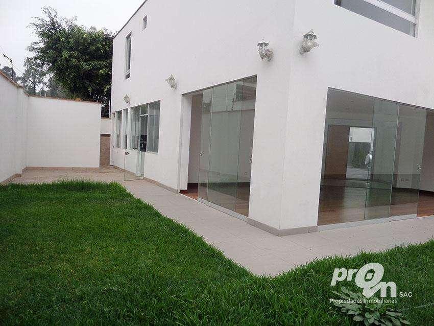 Vendo Hermosa Casa Minimalista en Condominio en El Haras