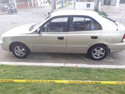 Hyundai Accent 2003 Full Equipo