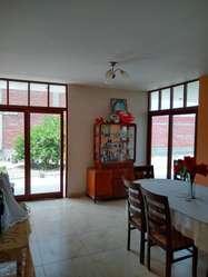 Se vende casa de 740 m2, en Los Ejidos a 70 mts del colegio Innova School.