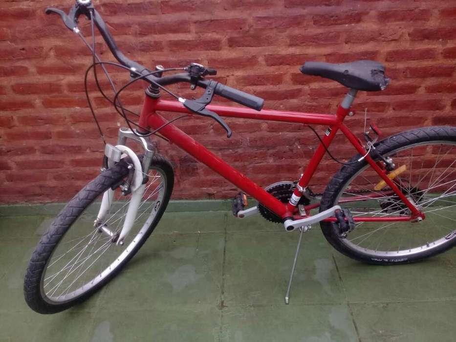 Bicicleta Rod. 26, 18 Cambios.