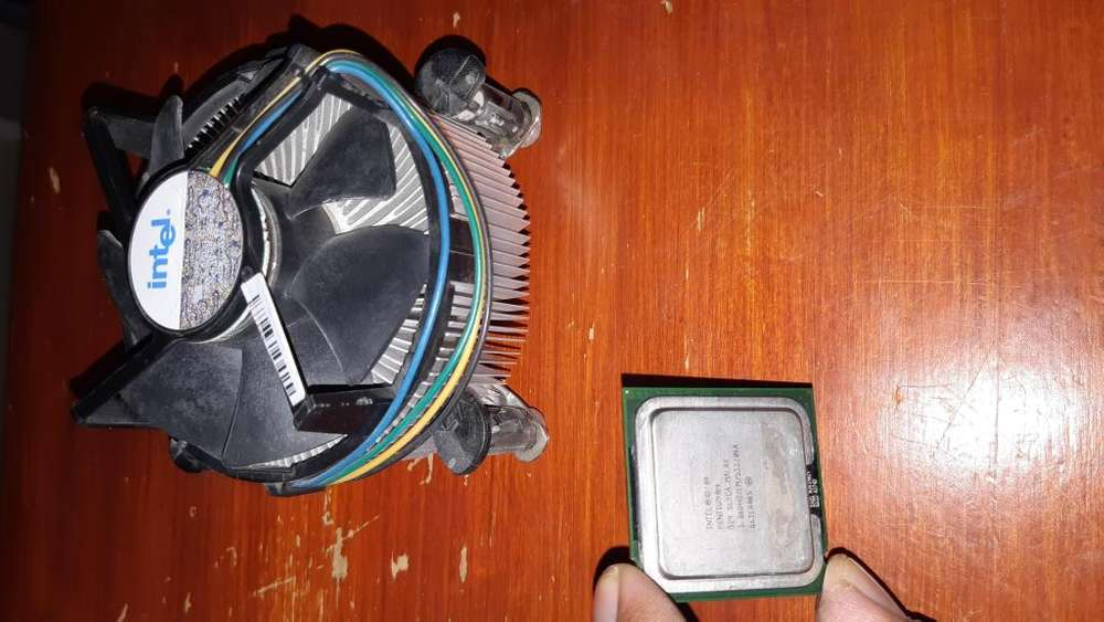 vendo procesador intel pentium 4 3.06 ghz socket 775cooler stock y memoria ram titan de 512mb ddr1