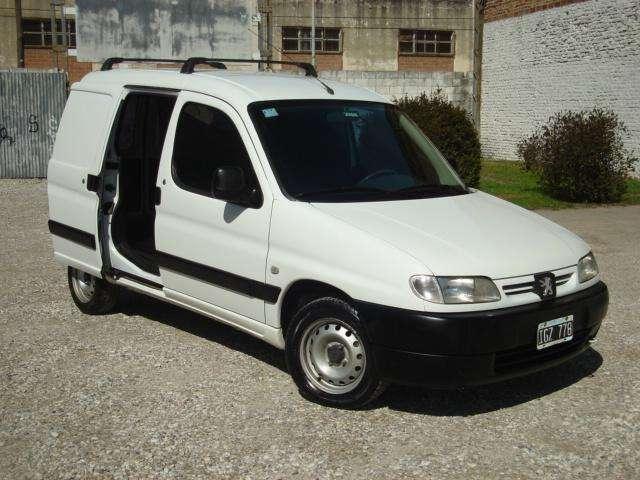 Peugeot Partner 2009 - 165000 km