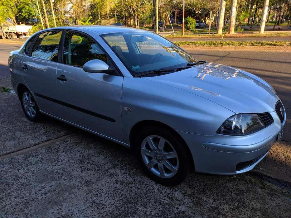 Seat Cordoba  2009 - 85000 km