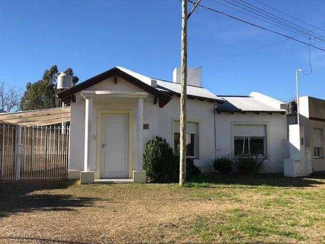 Casa en Alquiler, 8800