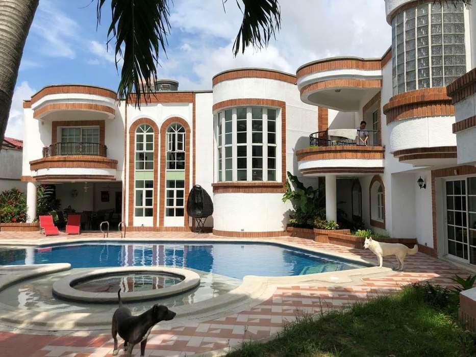 Casa en Barrio Villasantos