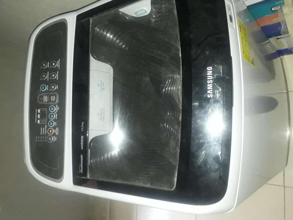Se Vende Lavadora De 30 Libras Marca Samsung