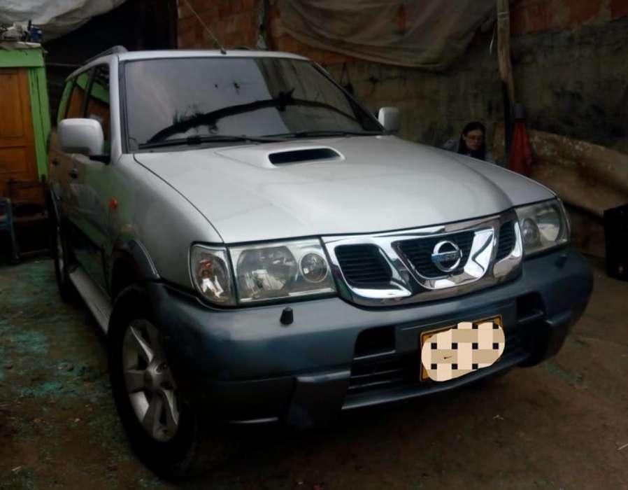 Nissan Terrano 2005 - 150000 km