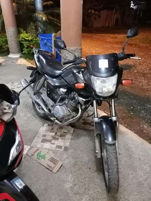 Honda Storm 125 Año 2013
