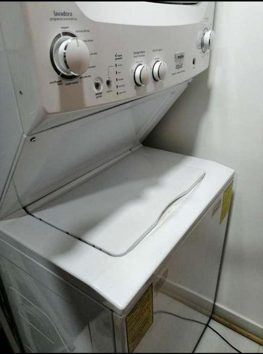 Vendo Lavadora-secadora a Gas Mabe