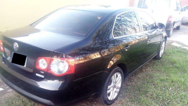 Volkswagen Vento 2009 - 180000 km