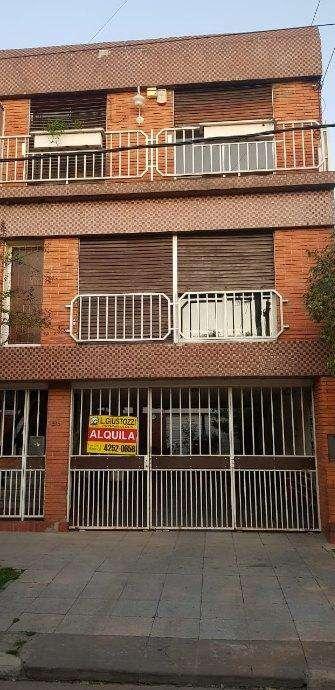 Duplex en alquiler en Don Bosco Este