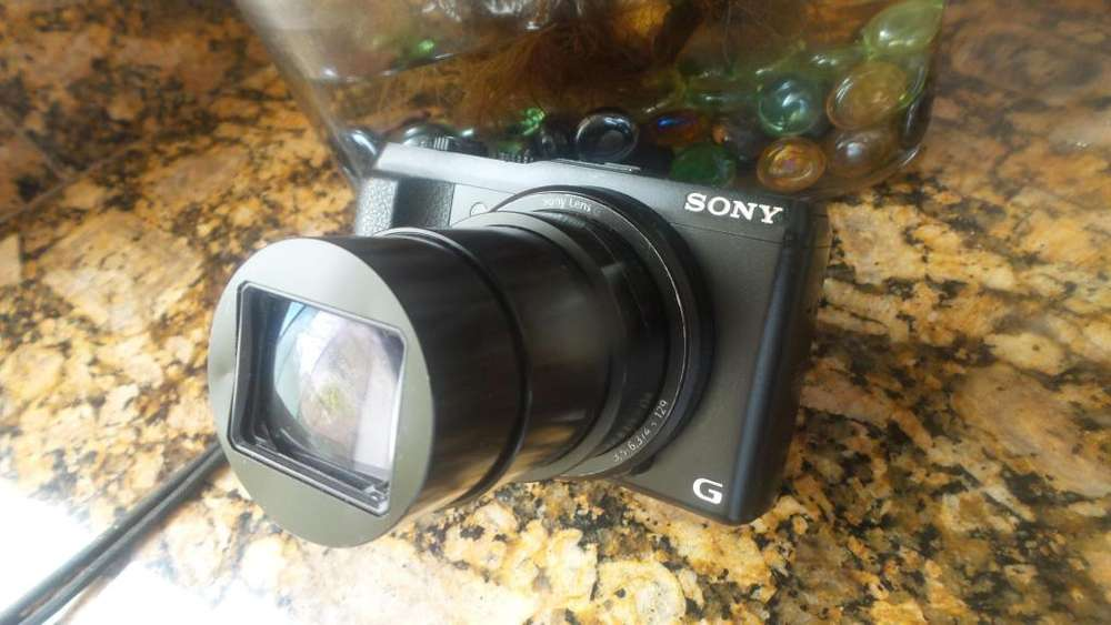 Camara Sony DSC HX50V Wifi Fhd 204mp Zoom optico30X