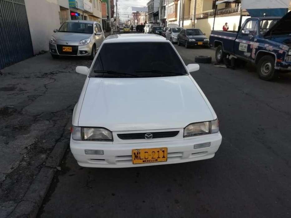 Mazda 323 1990 - 258000 km