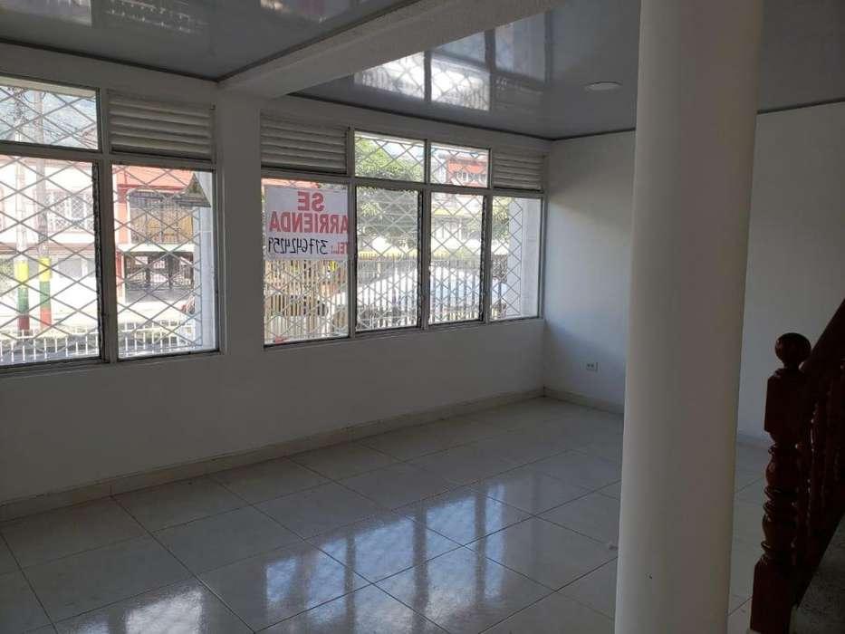 VENDO Casa Comercial 2 pisos interlaken