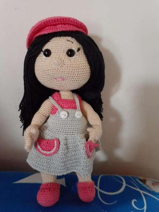 Muñeca Julieta
