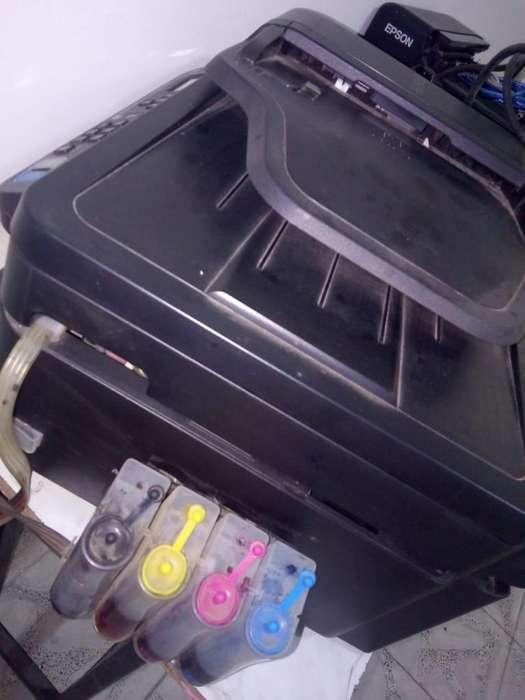 Se venden 2 Impresoras Multifuncionales Epson con sistema de tinta