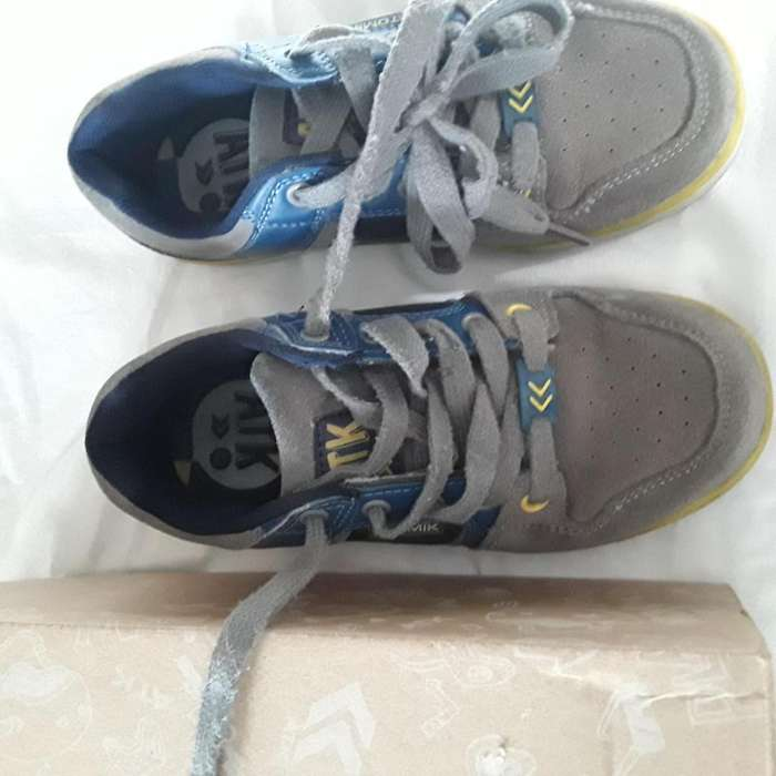 Zapatillas Atomik Talle 32 Impecable 800