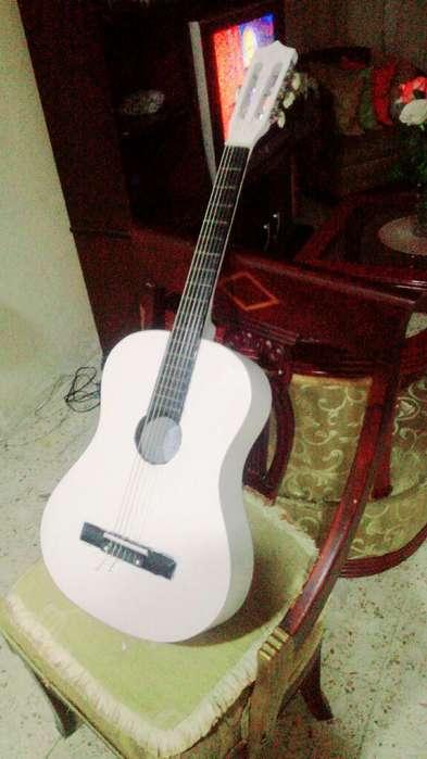 Guitarra Acústica Blanca Precio Fijo