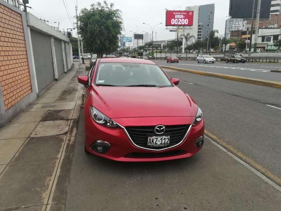 Mazda 323 2015 - 40000 km
