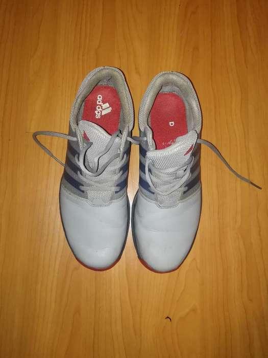 Zapatillas de <strong>golf</strong> Marca Adidas T44. 5