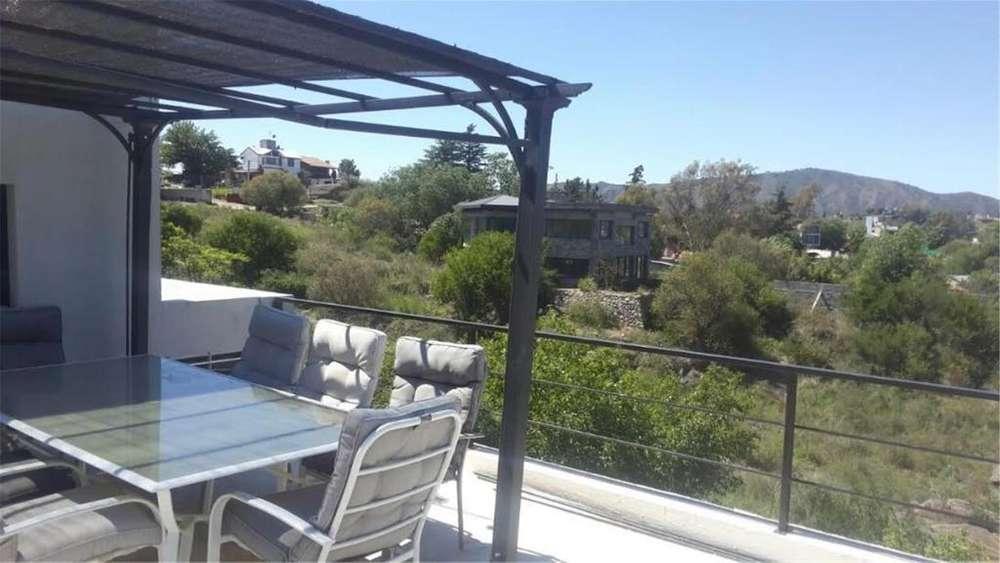 Moderna Casa En Villa Del Lago-amueblada 100 - 25.000 - Casa Alquiler