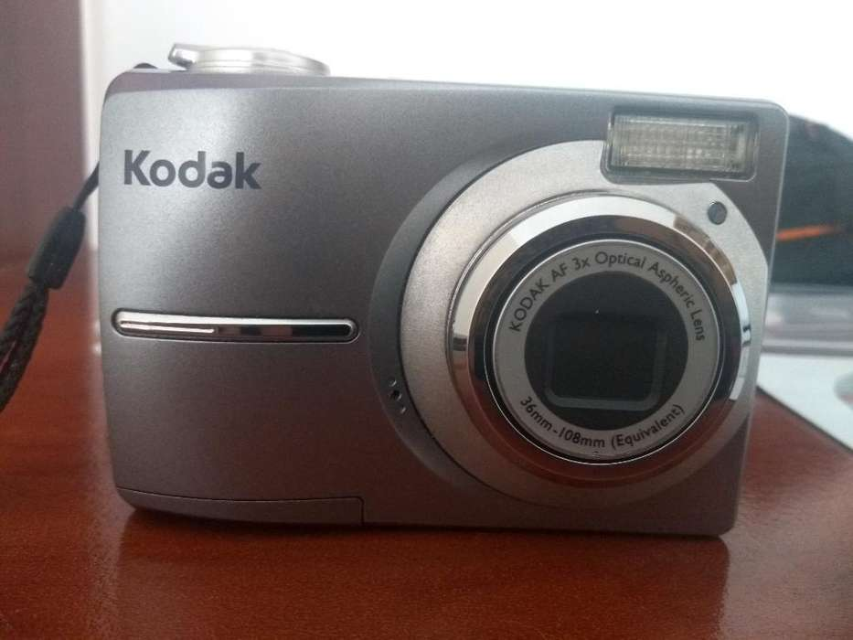 Vendo Camara de Fotos Kodak